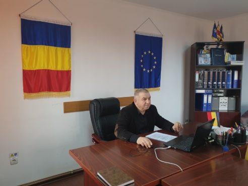 Finanțare nerambursabilă. Comuna Vadu Săpat primește 69.000 de euro pentru a-și achiziționa un buldoexcavator performant