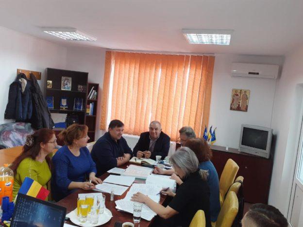 Veste bună pentru locuitorii din Comuna Vadu Săpat. Primăria a semnat contractul pentru canalizare